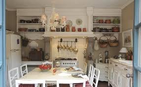 cuisine maison de famille decoration cuisine maison de famille intérieur meubles