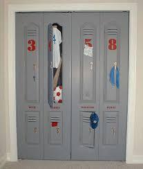 Locker Painted On Closet Door Calvins Bedroom Pinterest - Kids room lockers