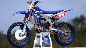 motocross bikes images first look 2018 yamaha yz450f and yz250f dirt bike test
