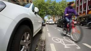 Fahrrad Bad Homburg Rote Ampel In Frankfurt Missachtet Kleines Mädchen Von Radler Auf