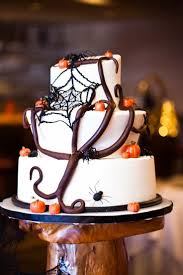 Halloween Themed Wedding Decorations by 14 Best Halloween Wedding Cakes Images On Pinterest Halloween