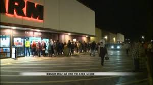 Fargo Open Friday After Thanksgiving Doors Open Tensions Rise At One Fargo Store During Black Friday