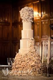 wedding cake lexington ky idea in 2017 bella wedding