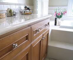 Where To Place Handles On Kitchen Cabinets by Making And Using A Template For Cabinet Hardware Rockler Jig It
