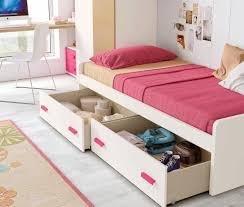 chambre de fille ado moderne tapisserie pour chambre ado fille maison design bahbe avec