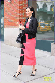 does julianna margulies hate archie julianna margulies on archie panjabi drama it s all silly gossip