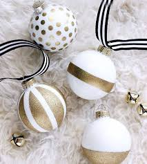 the prettiest ornaments we ve seen sprays