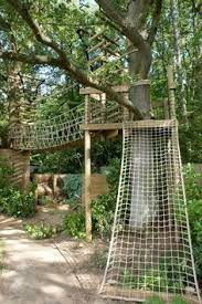 Backyard Zip Line Ideas Treehouse Home That Makes Exotic Living Tempting Home Decor