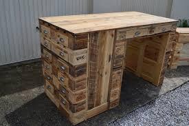 bureau palette bois lovely table de cuisine centrale ilot 14 bureau en bois de