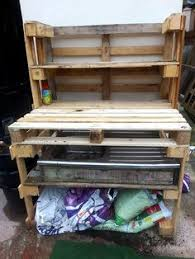 diy pallet work table work bench made from pallets and fence posts work bench