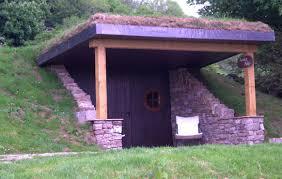 hobbit holes the quiet site