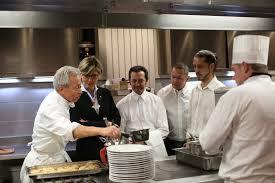 formation commis de cuisine le groupe barrière propose des formations rémunérées de commis de