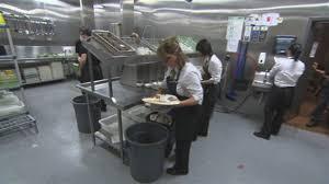 hubert cuisine le compostage fait entrée au restaurant ici radio canada ca