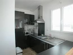 cuisine 12m2 cuisine 12m2 cuisine en l avec meubles en bois et lot central