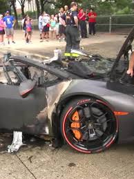 lamborghini reventon crash 160815111203 lamborghini erupts in flames chicago pkg 00000906 exlarge 34 jpg