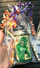 halloween party goodie bags easy to make halloween party favor bags kicking it with kelly
