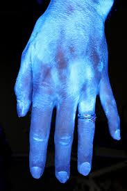 black light and germs how clean are your hands the answer may change how you wash daily