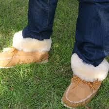 s knit boots canada 30 best moccasin boots images on moccasins moccasin