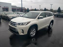 toyota new 2017 new 2017 toyota highlander limited sport utility in hermitage
