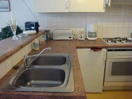 cuisine avec bar comptoir cuisine avec bar comptoir la kitchenette est spare du salon par un