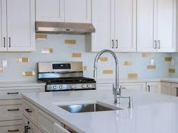 best quartz color for white kitchen cabinets quartz countertops facts advantages and disadvantages