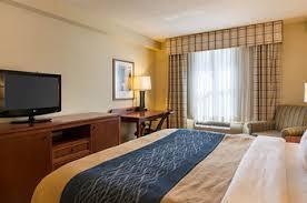 Comfort Suites Va Beach Comfort Inn U0026 Suites Virginia Beach Norfolk Airport In Virginia
