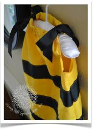 Bumble Bee Makeup For Halloween by Diy Bumblebee Costume Homemade Costumes Costumes And Halloween
