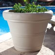 round 26 inch outdoor patio planter for garden plants or small