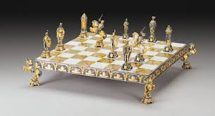 luxury chess set medioevo medieval gold and silver theme chess set