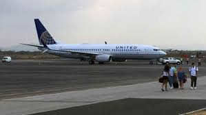 texas bound united plane makes u0027terrifying u0027 emergency landing