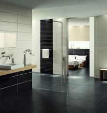 moderne fliesen f r badezimmer innenarchitektur ehrfürchtiges moderne fliesen fur badezimmer