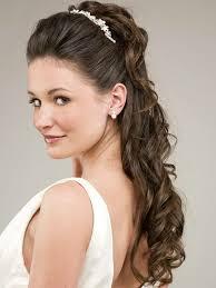 Hochsteckfrisurenen Hochzeit Mit Haarreif by Frisuren Mit Haarband Inspirierende Stilvolle Ideen