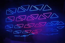 grid live kinetic lights