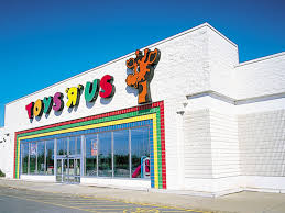 toys r us to open thanksgiving day for third year in a row