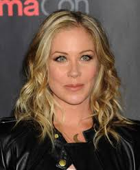 christina applegate hairstyles christina applegate before and after beautyeditor