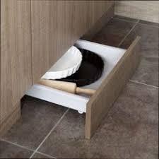 tiroir sous meuble cuisine tiroir sous plinthe pour meuble l 60 cm delinia cuisine leroy