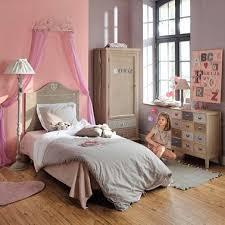 chambre ciel un ciel de lit maisons du monde pour une vraie chambre de princesse
