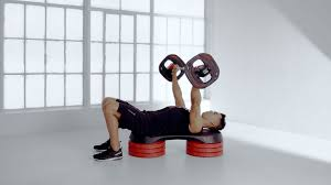 How To Bench Press Alone - proper bench press form u2013 les mills
