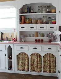 kitchen cabinet art kitchen pinkhome pinkkitchen kitschkitchen retrokitchen pink