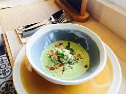 cuisiner haricots verts frais gaspacho d amandes et salade de haricots verts à la cebette et au