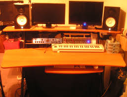recording studio workstation desk fame w 200 studio workstation image 52938 audiofanzine