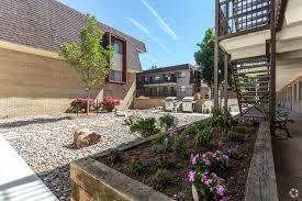 Court Yards Courtyards At Weston Ridge Rentals Littleton Co Apartments Com