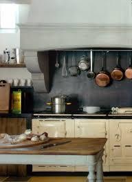 habillage hotte cuisine pose d une hotte de cuisine ralisation du un caisson et pose du une