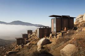 Chiminea San Diego Hotel Endémico Scattered Among Boulders Above The Wine Region Of