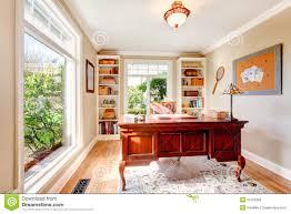 windows 8 bureau classique chambre bureau classique bureau classique photo stock image bureau