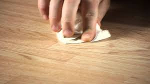 how to remove scratches scrapes on laminate flooring working