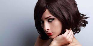 coupe de cheveux moderne les coupes de cheveux qui rajeunissent femme actuelle