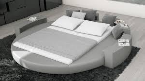 chambre a coucher avec lit rond lit rond cuir design sur