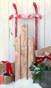 Pallets Christmas Decorations Wholesale by Diy Christmas Sleigh Woods Craft And Wood Projects