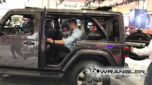 jeep wrangler side 2018 jeep wrangler jl sky one touch power top side window removal